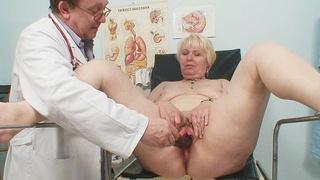 Chubby blond mama hairy pussy gyn examination