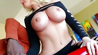 Curvaceous MILF Alena Croft gulps Lexingtons bbc and gets banged